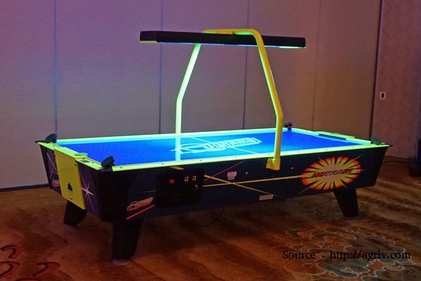 rsz_1hot-flash-air-hockey-table