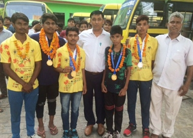 Nikhil of Faugat School won gold