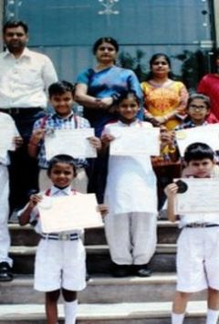 Kids win medals in art competition