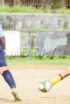 Smeet's brace helps Rustomjee seal quarter-final berth