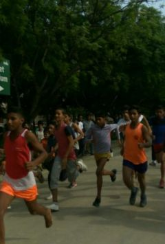Rosie and Manish became champions of Sunday Marathon