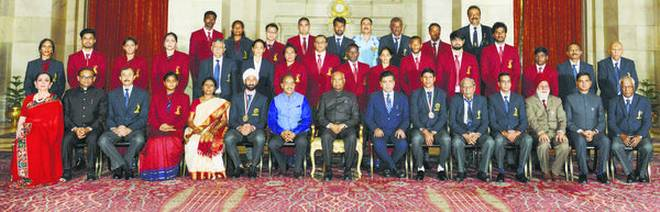 President rewards sporting excellence