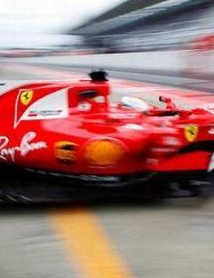 Vettel clocks fastest lap in practice for Japanese GP