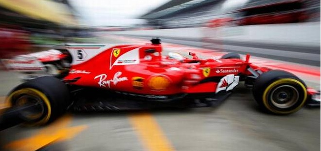Vettel clocks fastest lap in practice for Japanese GP