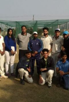 12 players test for selection in board cricket team