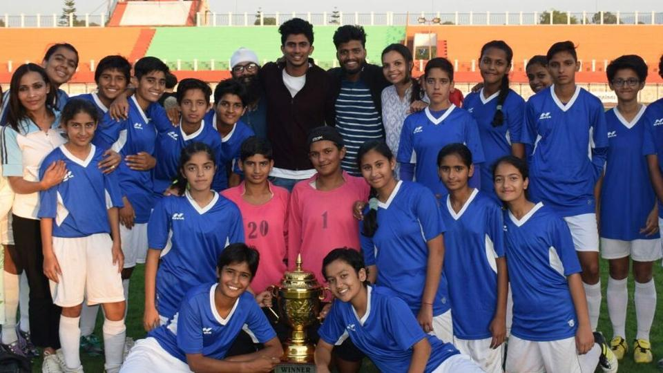 Chandigarh girls stun Manipur to clinch maiden sub-junior football title