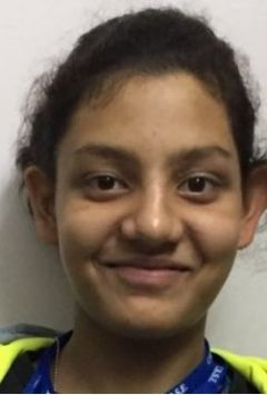 Navya demolishing record of 400 meters freestyle