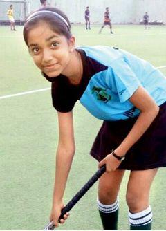 Teenage hockey player ready to set turf ablaze