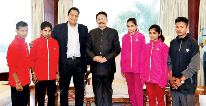 Dhule's famous 'barefoot runners' to compete