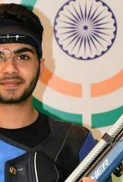 Arjun Babuta claims silver in 10m air rifle