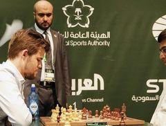 Viswanathan Anand stuns World No. 1 Magnus Carlsen in Riyadh world rapids