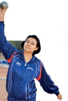 School teacher wins Gold in Indo-Bangladesh Athletics